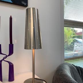 Fantastisk hyggelig bordlamperne.