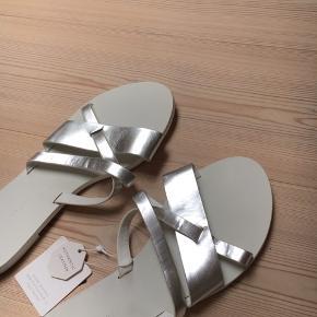 Super fine sandaler fra Zara 🐚 Aldrig brugt og stadig med prismærke