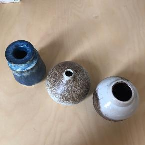 Vintage/genbrug keramik vaser, kan også bare bruges til pynt. Ingen synlige skader 🍁🍂 Pr stk 45 kr, samlet 120 kr Flere billedet i kommentaren!  📍 Kan afhentes i Århus C eller sandes med dao via Trendsales