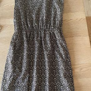 Forever 21 kjole