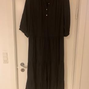 My Little Curvy Love kjole