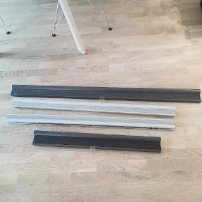 Grå lang :130 cm 2 hvide :110 Lille grå :80  De grå er mørklægning 50 kr stk