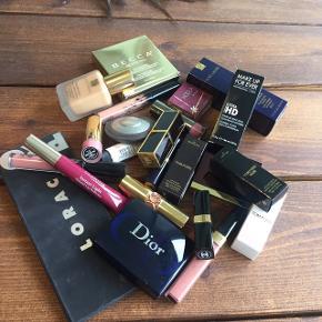 High end make up sælges  Chanel, Tom Ford, Estee Lauder, Kylie, Becca, YSL, Lorac  Der er for rigtig mange penge så det sælges IKKE samlet da det ikke er realistisk og jeg besvarer ikke det spørgsmål