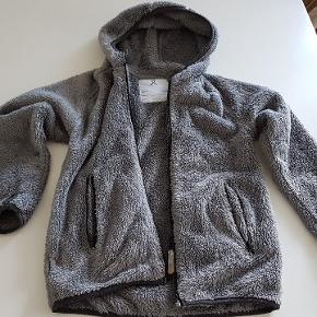 Åhléns jakke