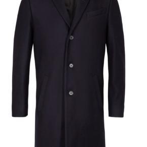 Helt ny frakke, model: Cempsey.  Købt i Tyskland.  Ny pris er 3500.  Kan sendes eller afhentes i Århus.