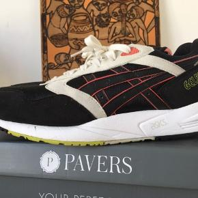 Asics Gel Saga - Pirates Str. 42,5 Nypris: 900,-
