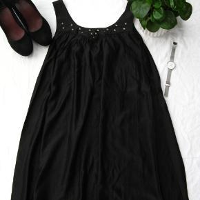 Paprika kjole