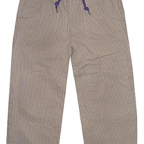 Dejlige bukser fra Longvig by Minymo i str 110  Gælder kun børnetøj køb tre betal for to plus porto, varen med den laveste pris er uden beregning