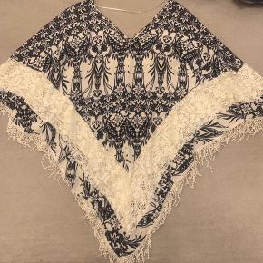 Den flotteste kimono i kvalitets materiale. Aldrig brugt. Købt i Grækenland for 700,-