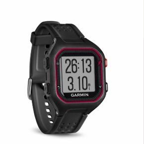 Garmin Forerunner 25 - sort rød Tag din løbetræning til det næste niveau med dette brugervenlige GPS-ur, som registrerer, hvor langt, hvor hurtigt og hvor længe du løber. Inkl. oplader.