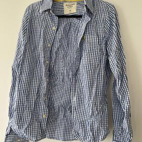 Abercrombie & Fitch skjorte