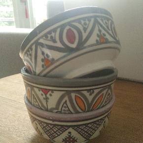 3 små håndlavet skåle fra Marokko. Sælges samlet.