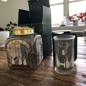 Kageglas og et vandglas fra Holmegaard