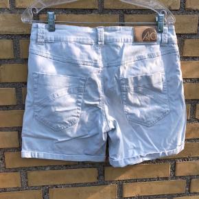 Mærke ukendt. Fine shorts til sommeren ☀️