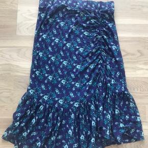 Fedeste og meget behagelig nederdel