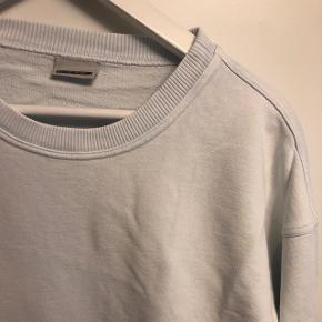 Sart lyseblå sweater fra Noisy may i str. S Aldrig brugt  BYD