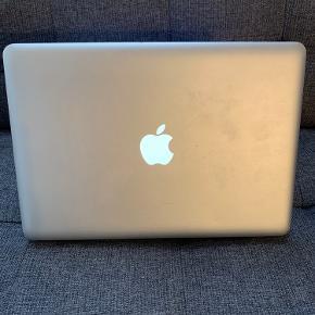 Sælger denne MacBook Pro fra Mid 2012 Alting virker som det skal  Installeret med nyeste styresystem Der medfølger tredjeparts oplader  Flere billeder kan sendes