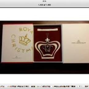 Varetype: Royal Copenhagen Størrelse: Stor Farve: Guld  Fin ny krone.    Prisen er fast        Handler helst via mobilpay    V ts handel betaler køber gebyr.