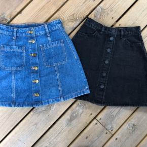2 stk. super fine jeans nederdele  Brugt få gang som nye * blå Divided nederdel  * sot Monki nederdel