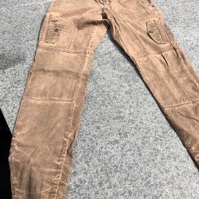Pulz jeans str. 29, men svarer til en str. Small  Jeans Farve: Brun