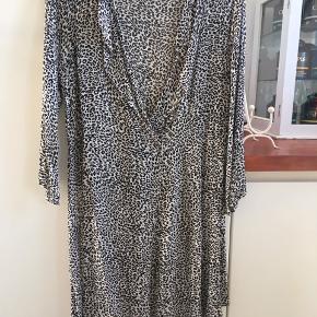 Masai kjole/tunika leopart