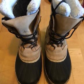 Vinterstøvler str. 41 - brugt få gange! Gode varme til vinter.  BYD !