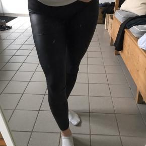 Super fede leggings - sælges billigt - byd gerne  Sælges billigt