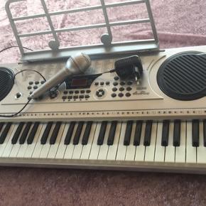 Super fint keyboard til børn  Kom gerne med et bud