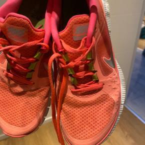 Flotte sneakers fra Nike Free.