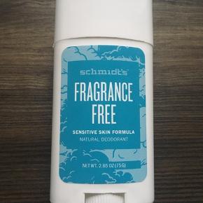 Deodorant uden aluminium og natron - duftfri.  Skal afhentes på Sigurdsgade (ca 300m fra Skjolds plads metro) ellers betaler køber porto 😊  Se også mine andre annoncer 😊