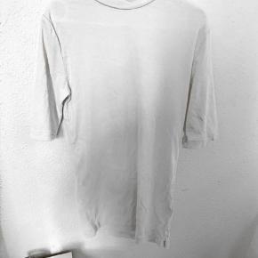 Sælger denne trøje fra envii.  50kr
