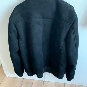 Rigtig fin jakke som kan bruges til sommer/efterår