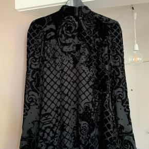 Balmain X H&M skjorte