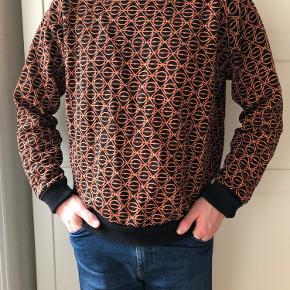 Asger Juel Larsen sweater