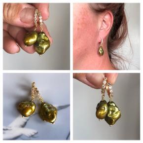 Unikke store barokke keshi perler på forgyldte zirkon creol øresticks  Prisen er fast