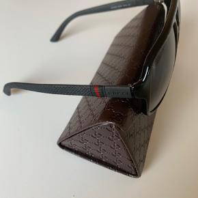 Lækre solbriller fra Gucci. Stort set ikke brugt.