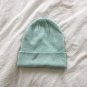 Bonnet vert menthe   neuf