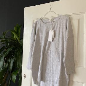 American Apparel sweater