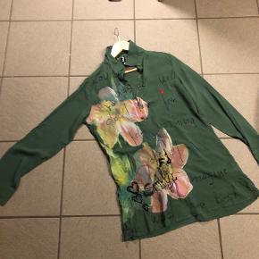 Desigual skjorte