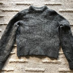 Mohair blend jumper from acne studios. Small signs of wear on the label and elbows. Overall very good condition and quality.