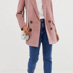 Virkelig cool blazer jakke i fløjl 🌸 Flere billeder haves pt ikke