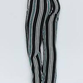 Bukser fra Soyaconcept, helt nye og med tags, har aldrig været pakket ud, derfor model billederne. Str m  Trendsales har gratis forsendelse i efterårsferien 😀