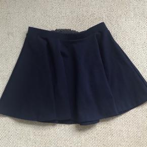 Super fin nederdel str 12-14 år