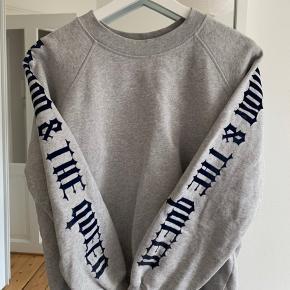 Super fin sweatshirt. Fejler intet.