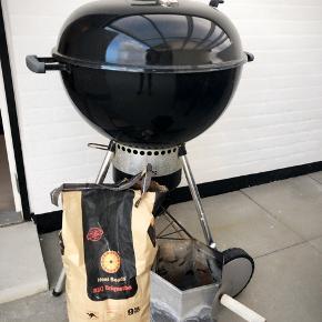 Der følger Rotisserie (aldrig brugt )  Grilltænder  650 kr for det hele  Afhentes i Esbjerg