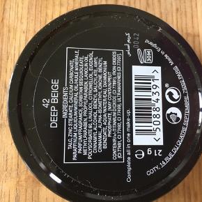 Fast pudder sælges ny aldrid bruge  Købbe i forkert farve derfor sælges den  Der må byddes
