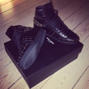 Sender ikke Saint Laurent high-top sneakers Str 41 Nypris 5900,-