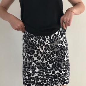 D-xel nederdel