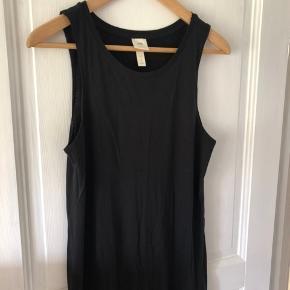 Brugt måske 2 gange, fin lang bomulds tanktop kjole med slids i siden