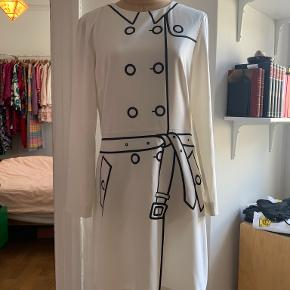 Boutique Moschino kjole